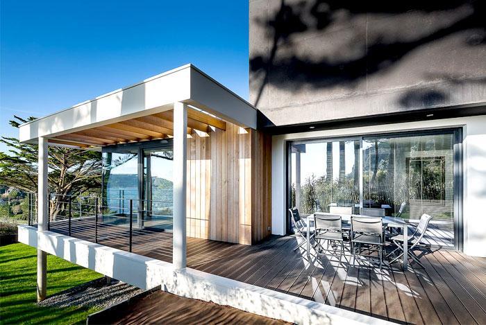 minimalistic-cubical-three-floor-house-13