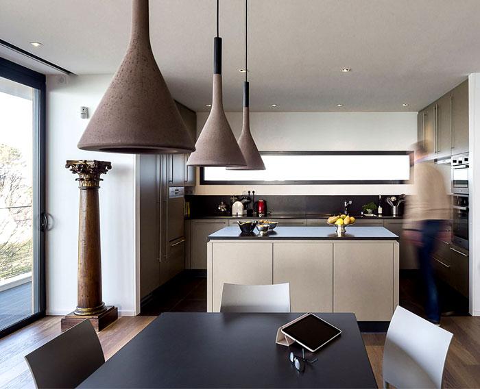 minimalistic-cubical-three-floor-house