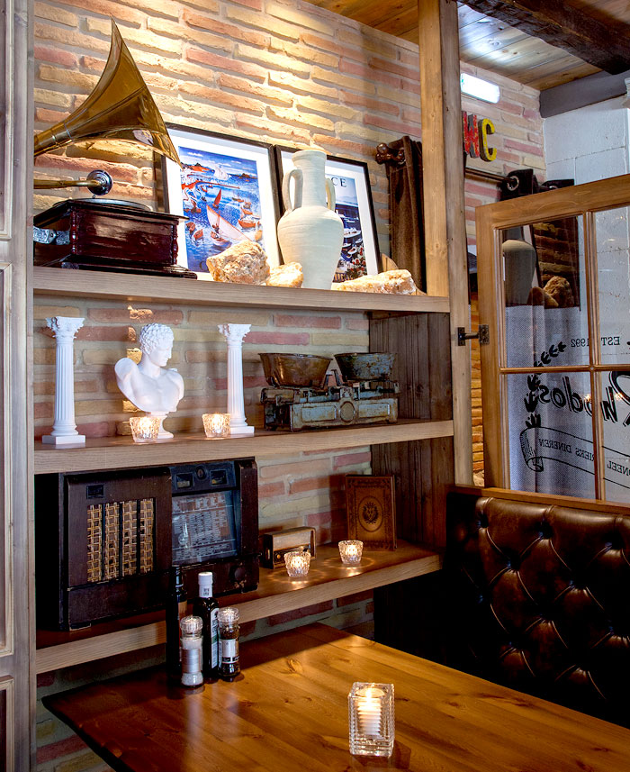 rhodos-restaurant-interior-decor-7