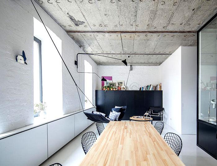 crosby-studios-apartment-industrial-design-elements-14