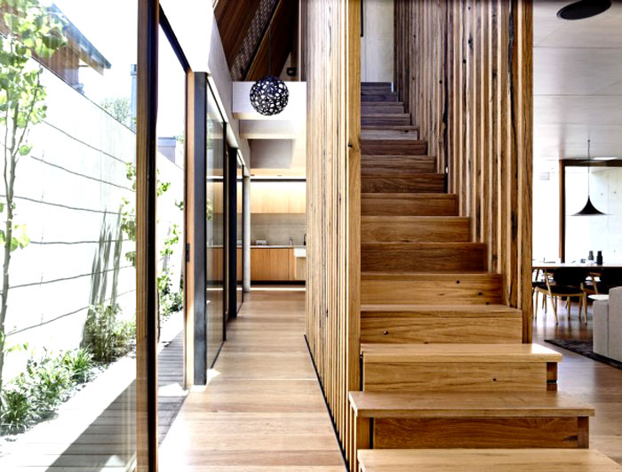 internal-courtyards-timber-screens-soft-landscaping