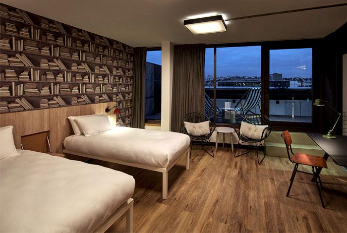 inviting-warm-charming-bedroom-decor