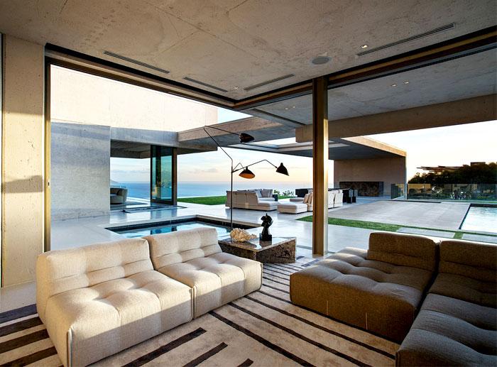 romantic-mansion-stunning 360-degree-sea-view-3