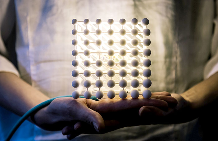 3d-printed-cubic-light-2