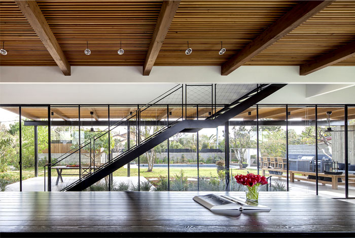 gorgeous-wooden-cladding-ns-residence