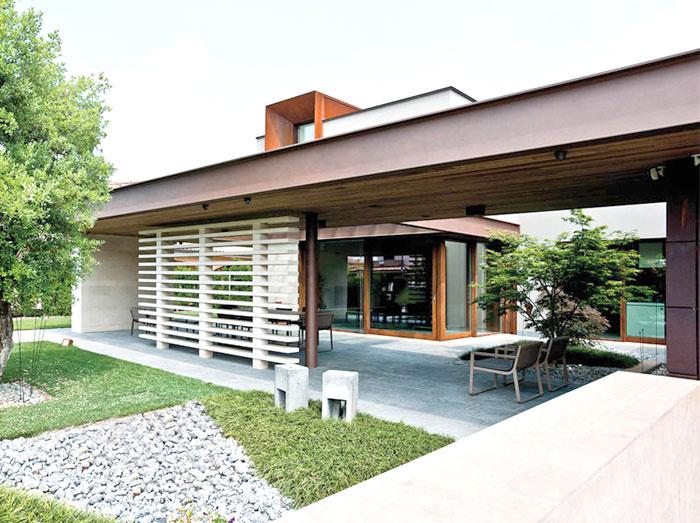 refreshing-untypical-house-suburban-surrounding-3