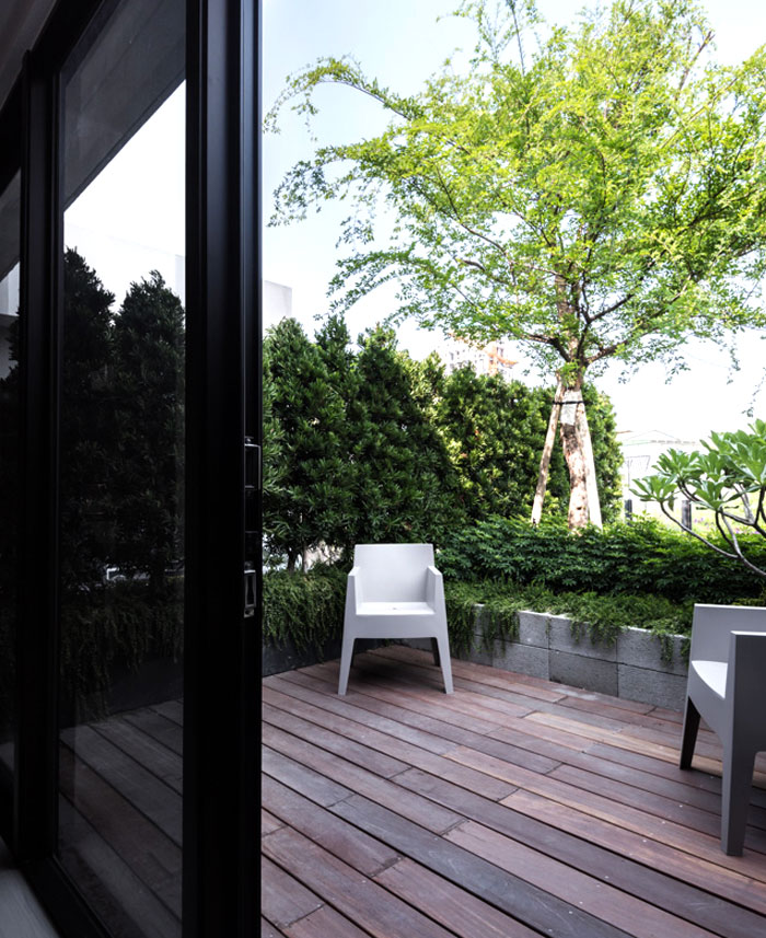 sky-green-apartment-7