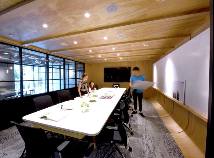 modern-urban-workspace