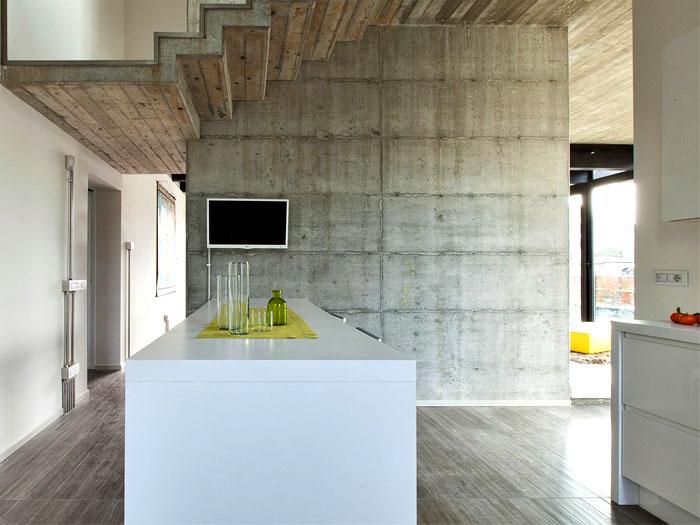 concrete-house-bologna-2