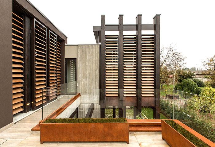 concrete-house-bologna-21