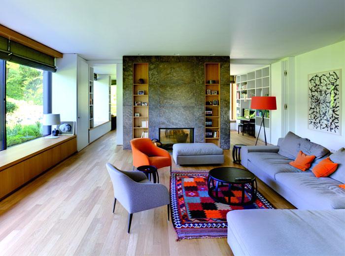 Classic bauhaus villa in munich interiorzine for Bauhaus iluminacion interior