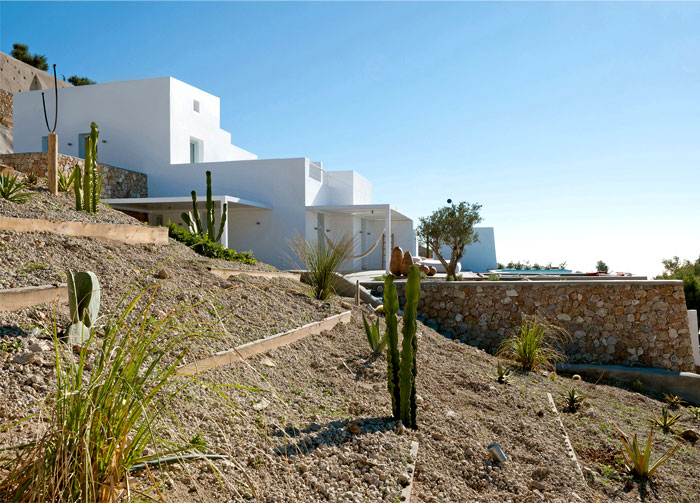 holiday-home-santorini-island-2