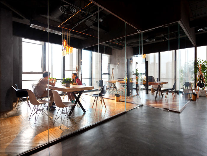 Creative And Playful LEO Office With Fresh Open Spaces
