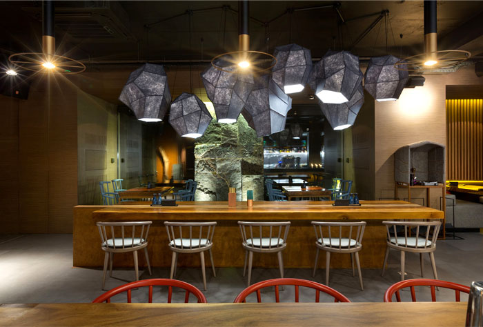 interior-decor-east-porto-restaurant-13