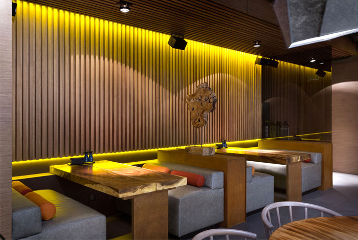 interior-decor-east-porto-restaurant-4
