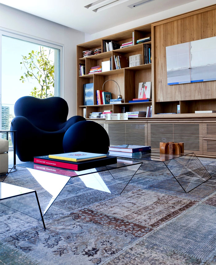 modernistic-furniture-shining-surfaces-home-rio-de-janeiro-8