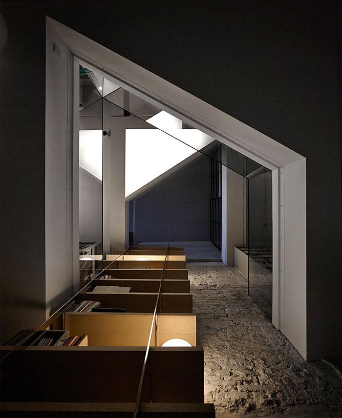 office-interior-mole-design-5