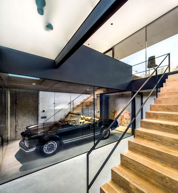 pagoda-house-1