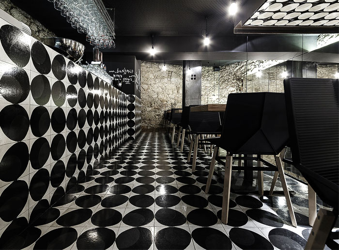 alma-negra-wine-restaurant-2