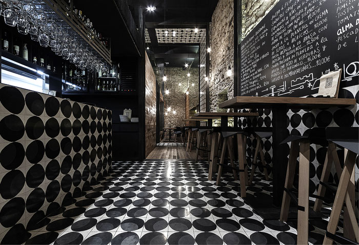 Interior decorating apartment - Alma Negra Wine Bar Interiorzine
