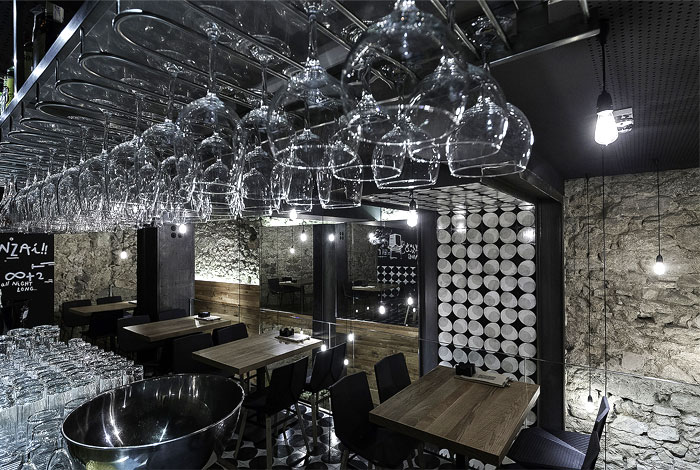 alma-negra-wine-restaurant-4