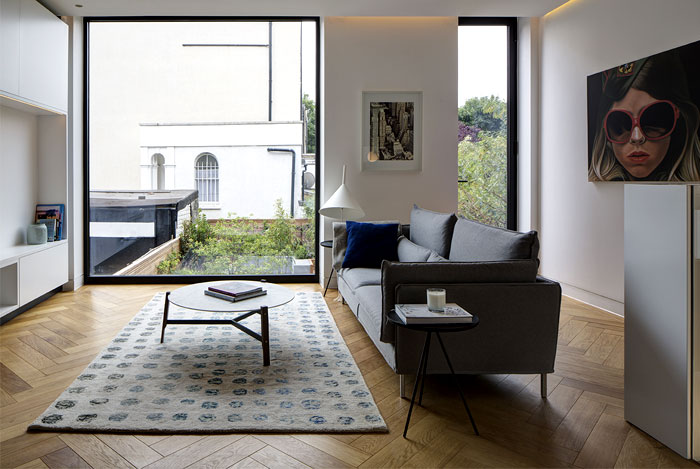 re-designing-classic-brownstone-house-london-12