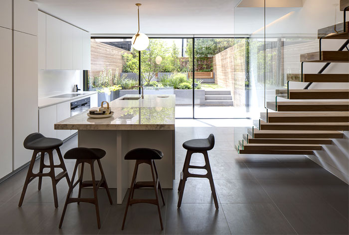 re-designing-classic-brownstone-house-london-9