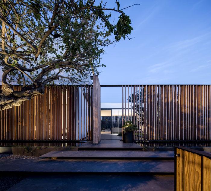 s-house-pitsou-kedem-architects-1