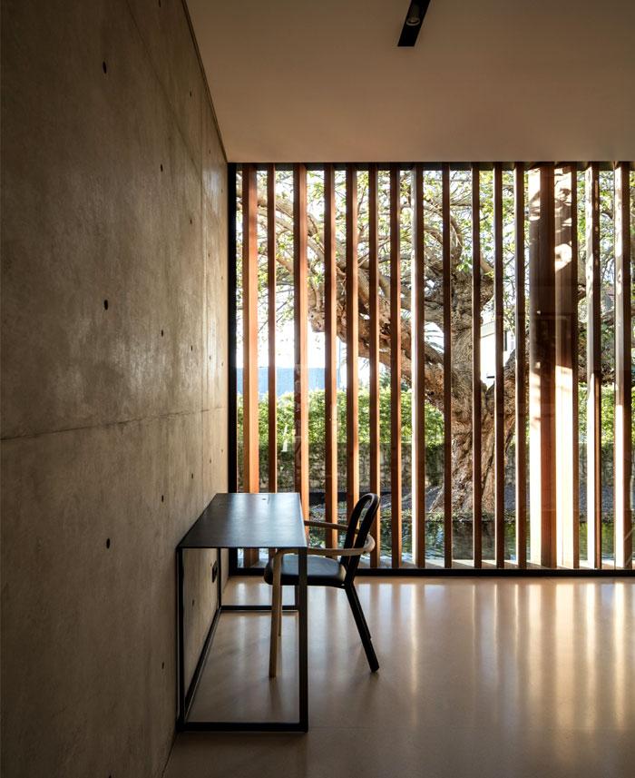 s-house-pitsou-kedem-architects-24