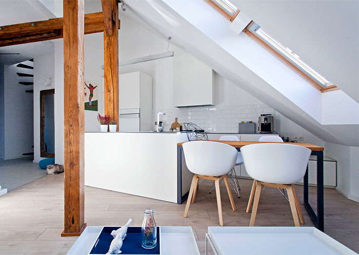 beautiful-attic-apartment-clever-use-space-6