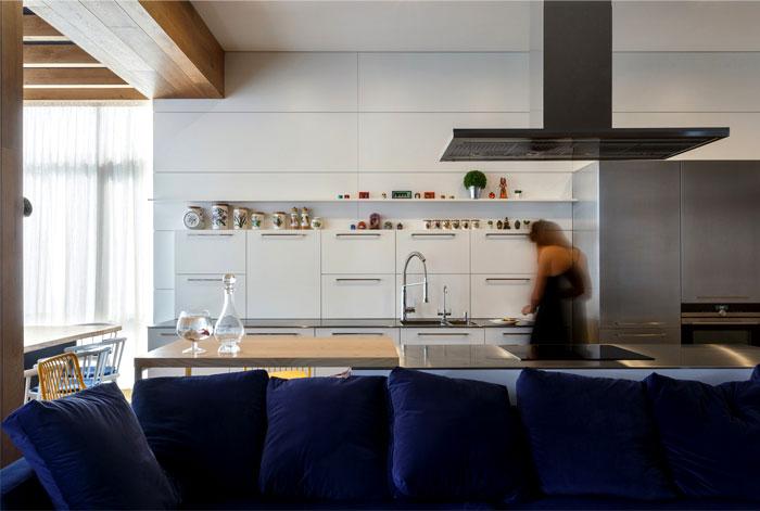 svoya-studio-apartment-interior-12