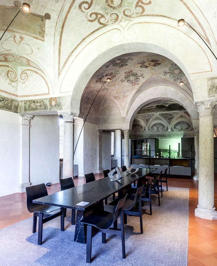 trendy-modernism-palazzo-ducale-mantova-13