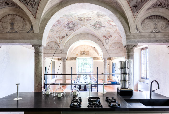trendy-modernism-palazzo-ducale-mantova-3