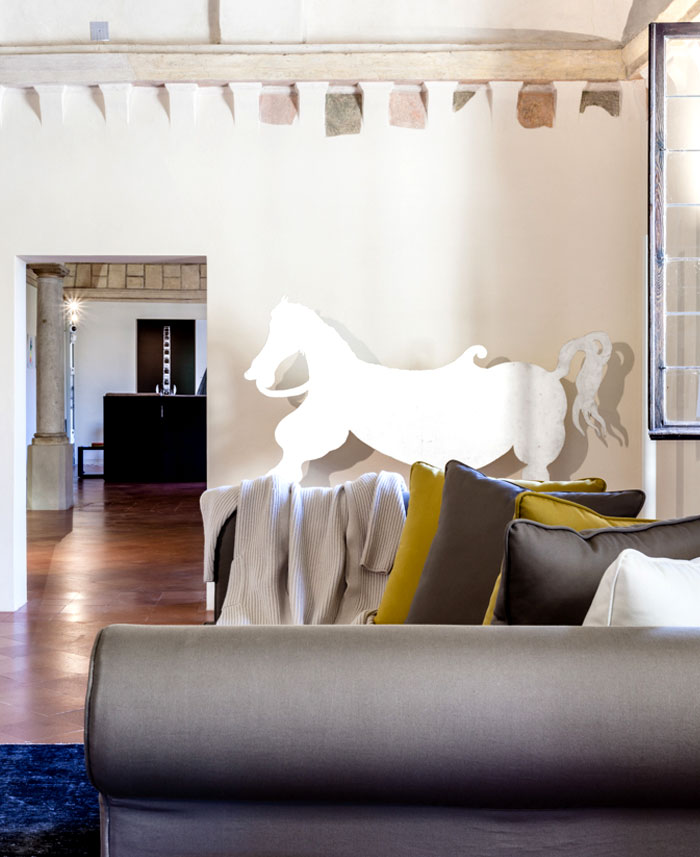 trendy-modernism-palazzo-ducale-mantova-7
