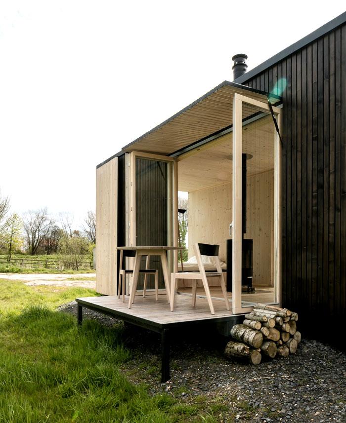 sustainable-eco-shelter-5