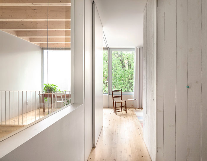 la-shed-architecture-clark-house-montreal-canada-5