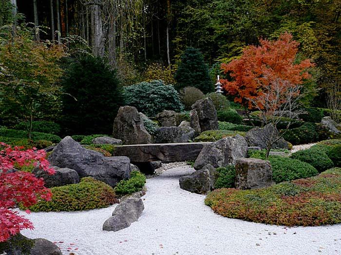 astonishing beautiful zen garden | Zen Gardens & Asian Garden Ideas (68 images) - InteriorZine