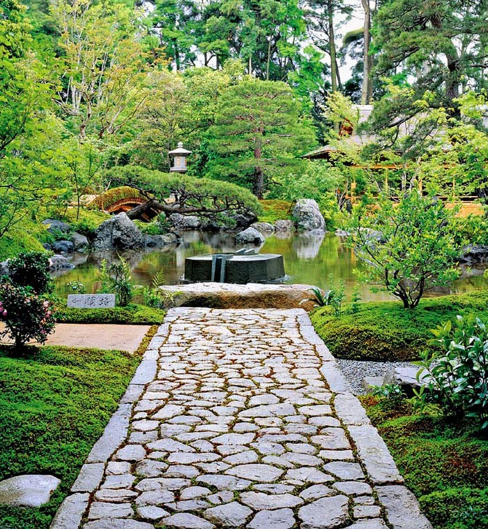 Zen Gardens & Asian Garden Ideas (68 images) - InteriorZine