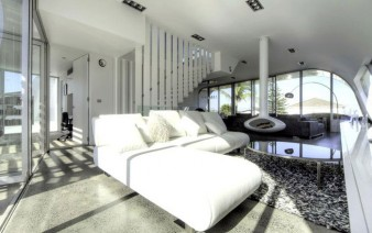 white sofa room 338x212