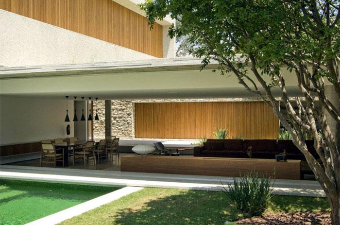 brazilian modern concrete house