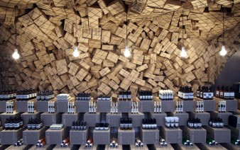 cardboard boxes interior decoration 338x212