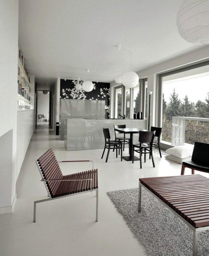 white interior livingroom