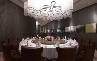 fairy tale restaurant interior lighting 338x212