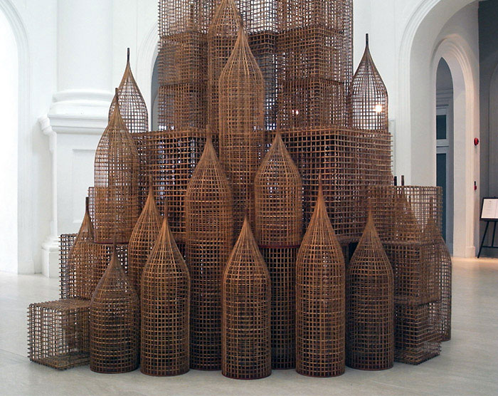 Towering Art Structure Interiorzine