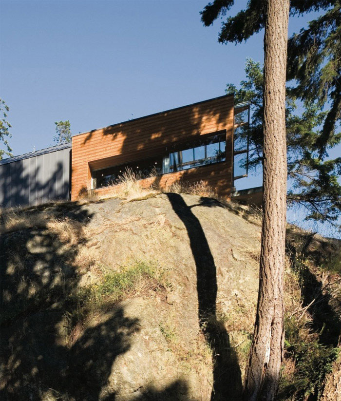 bowen island house1