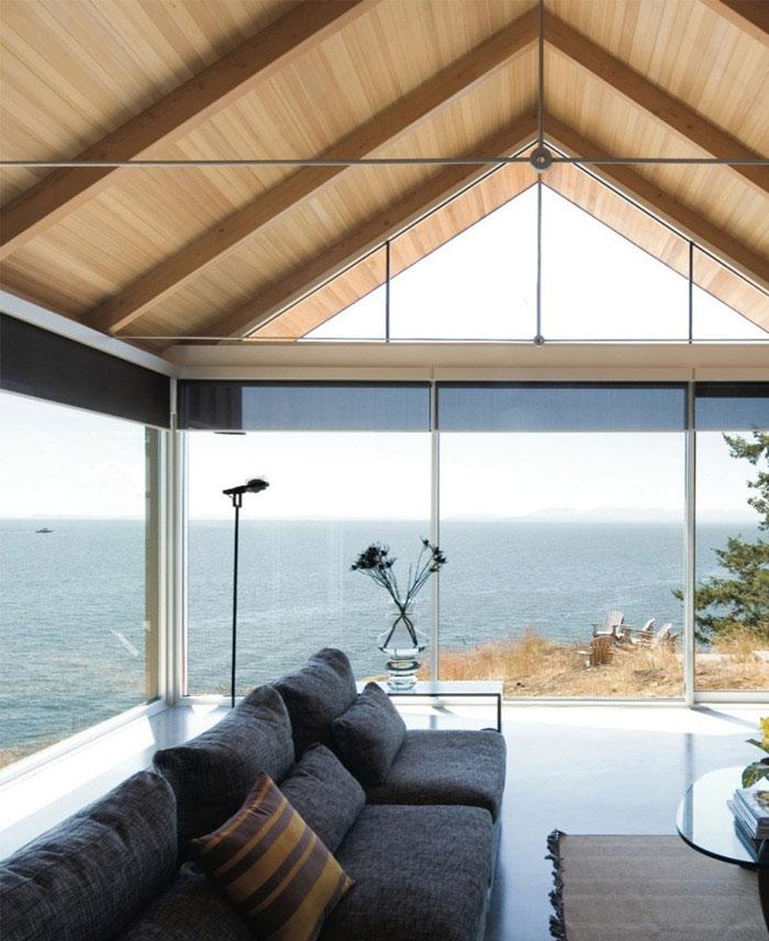 bowen island house3