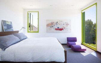 contemporary home with green windows interior bedroom 338x212