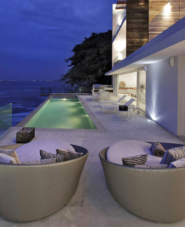 contemporary mexican style house lounge