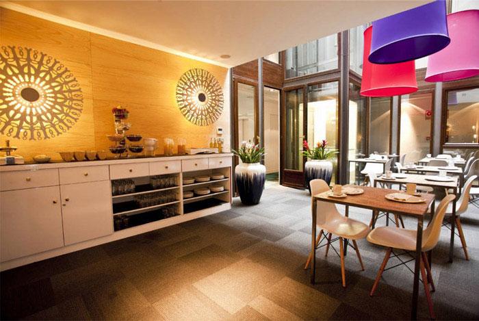 coffee bar breakfast room