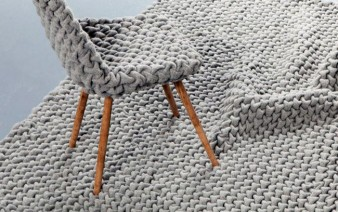 wool rug chair decor 338x212